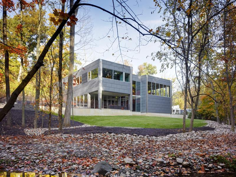 how-to-save-money-during-construction-of-your-metal-buildings