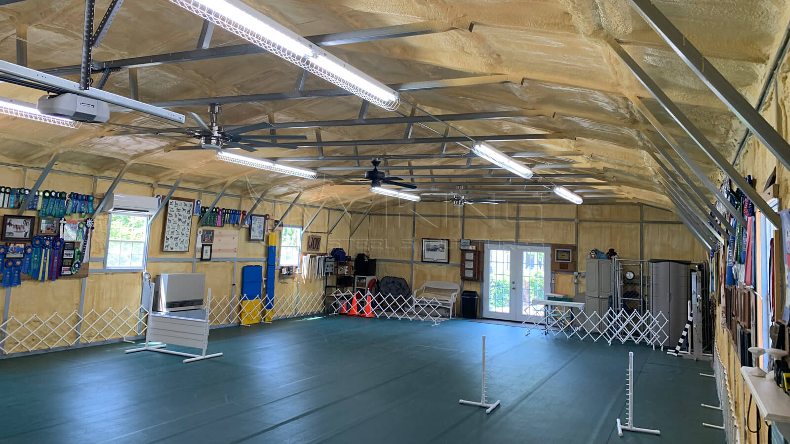 30X55X9-all-vertical-fully-enclosed-garage-inside-view